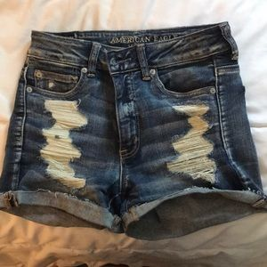 High waisted AE ripped jean shorts